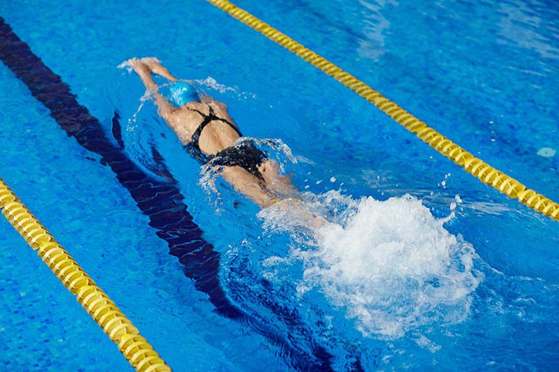 natation-performance-piscine-amélioration-apnées